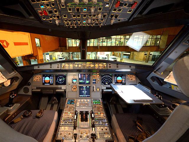 Cabine - Glamurama Jet