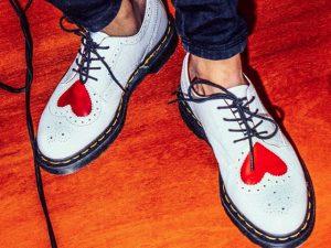 Desejo do Dia: Joyce nos pés com os Dr. Martens que são puro amor