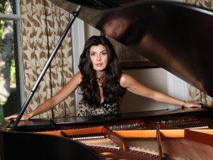 """""""Mens sana in corpore sano"""": soprano Angelica de la Riva fala sobre sua arte"""