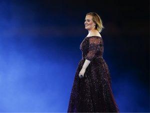 Adele tem truque inusitado para chegar despercebida aos shows