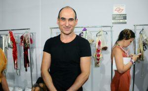 Amir Slama busca inspiração em Elis Regina para sua nova coleção
