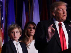Colegas da escola de Barron Trump já sonham em visitar a Casa Branca