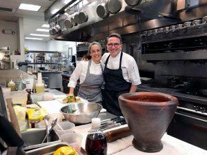 """Bel Coelho encontra chef  """"padrinho da sustentabilidade"""" em Las Vegas"""