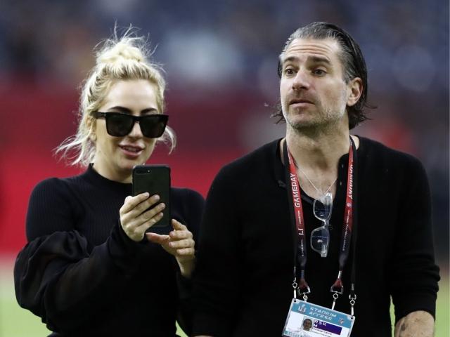 Gaga e o novo namorado, Christian Carino    Créditos: Reprodução