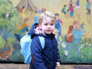 Príncipe George é matriculado em tradicional escola de Londres