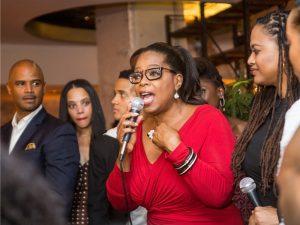 Em entrevista, Oprah indica que poderia concorrer à presidência