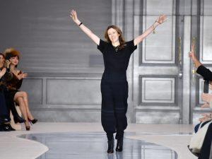 Clare Waight Keller, ex Chloé, é a nova diretora criativa da Givenchy