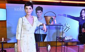 Vanessa Rozan e Monica Benini em lançamento no Chez Oscar