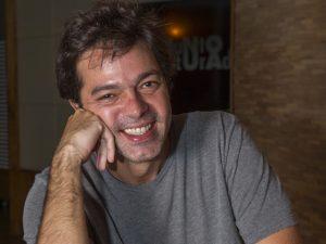 Em dia de estreia no teatro, Bruno Mazzeo fala de humor e paternidade