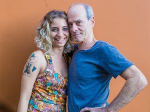 Ney Matogrosso recebe música via Whats e grava na Quarta-Feira de Cinzas