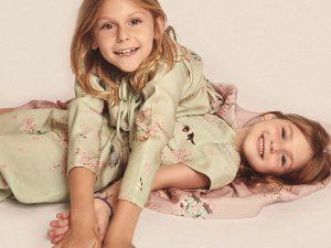 Filhas de glamurettes estrelam a campanha infantil de Cris Barros. Vem ver!