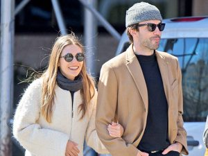 Elizabeth Olsen engata namoro com vocalista de banda. Saiba quem