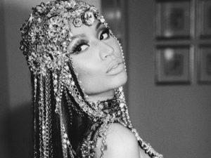 Aos 34 anos, Nicki Minaj acaba de assinar contrato com agência de modelo