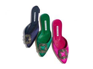 Desejo do Dia: sofisticação e cor nos pés com as mules Manolo Blahnik