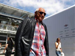 Fundador da Red Bull se prepara para lançar site de notícias conservador