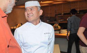 Kosushi brinda seus 29 anos no Itaim Bibi com glamurettes e pratos típicos