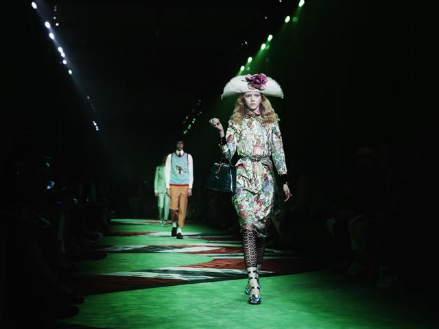 Desfile da Gucci durante a semana de moda masculina de Milão de primavera/verão 2017