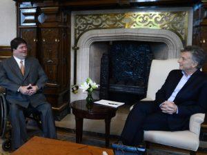 Banqueiro Pedro Moreira Salles se reúne com o presidente da Argentina
