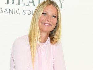 Gwyneth Paltrow se lança no mercado editorial sob aval de Anna Wintour