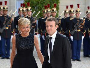Brigitte Macron: a professora que conquistou o futuro presidente da França