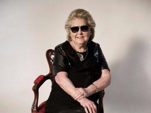 Aos 82 anos, Maricy Trussardi estrela campanha da marca do filho