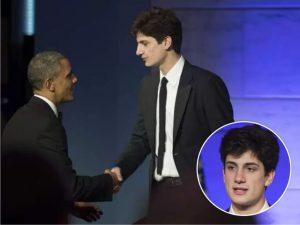 Em entrega de prêmio a Obama, quem roubou a cena foi o neto de JFK