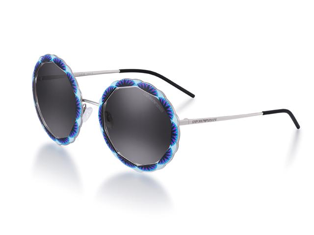 Desejo do Dia  pegadinha retrô com os óculos de sol Emporio Armani ... 32ebb3c17d