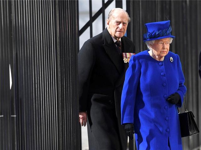 O príncipe Philip e a rainha Elizabeth II