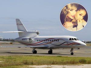 Traumatizada, Ariana Grande volta para os EUA no jatinho da amiga Taylor Swift