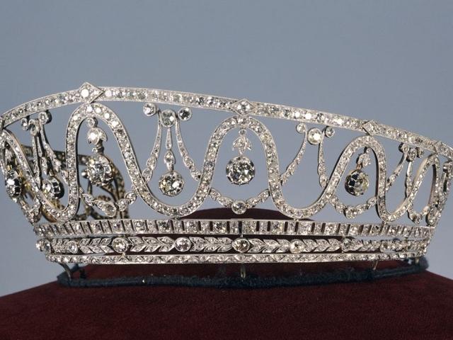 A tiara usada por Hilda de Luxemburgo