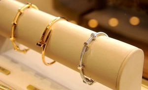 """Cartier armou agito no Iguatemi em torno do bracelete """"Ecrou de Cartier"""""""