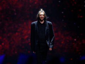 Com torcida de Caetano, português ganha pela primeira vez o Eurovision