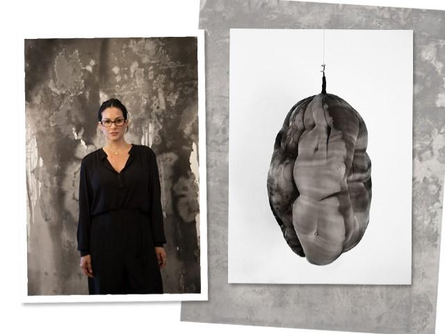 Paula Klien e suas obras    Créditos: Divulgação