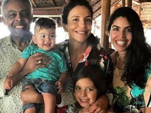 Vídeo mostra animação de Gil, Preta e Margareth Menezes na festa de Ivete