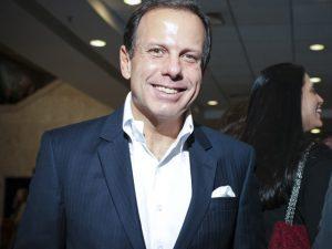 Glamurama entrega a agenda non-stop de João Doria em NY