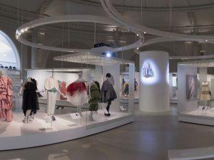 Victoria & Albert tem mostra dedicada a Cristóbal Balenciaga