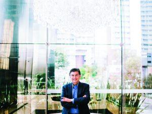 No comando da United Health LATAM, Claudio Lottenberg está de olho na vida pública