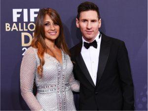"""Vestido de noiva da mulher de Messi """"viajou"""" em jatinho com seguranças"""