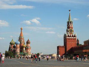 Charly Braun entrega os hotspots que serviram de cenário para seu novo filme rodado na Rússia