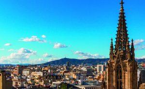 Joyce Pascowitch faz tour por Barcelona e compartilha aqui. Vem!
