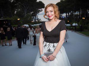 Pela 2ª vez, Lindsay Lohan anuncia lançamento de linha de joias