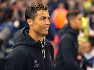 Cristiano Ronaldo ainda não conheceu seus filhos gêmeos nascidos nos EUA