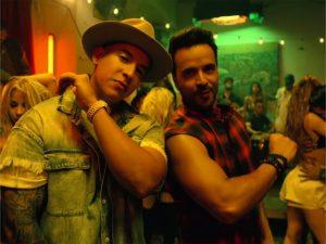 """""""Despacito"""" se torna o hit mais tocado em plataformas de streaming"""