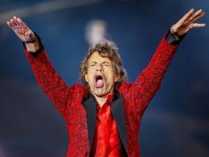 5 segredos de Mick Jagger para manter a forma física invejável aos 74 anos