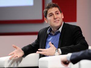 Eduardo Saverin, do Facebook, é 5º brasileiro mais rico e bate recorde