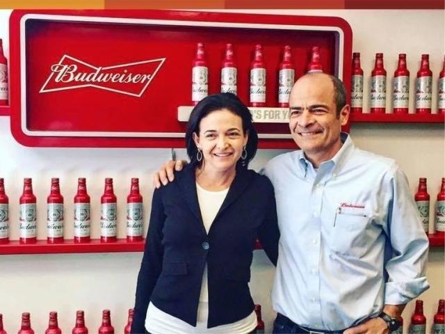 Sheryl Sandberg e Carlos Brito