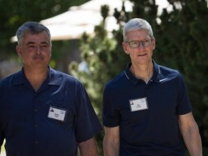 Questionado sobre o novo iPhone, CEO da Apple responde com sorrisinho…