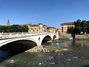 Próxima parada: Verona! Aqui, o que fazer na cidade italiana de Romeu e Julieta