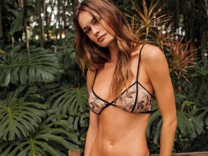 Valisere lança preview de verão e aposta em bodies levando o underwear para o dia a dia