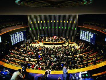 Atividade regulamentada em diversos países, lobby no Brasil precisa de regras. Entenda!